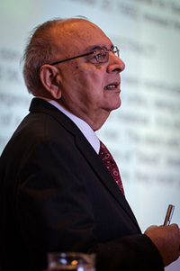 Dr. Kumar presenting at the Ringberg 2012 Conference